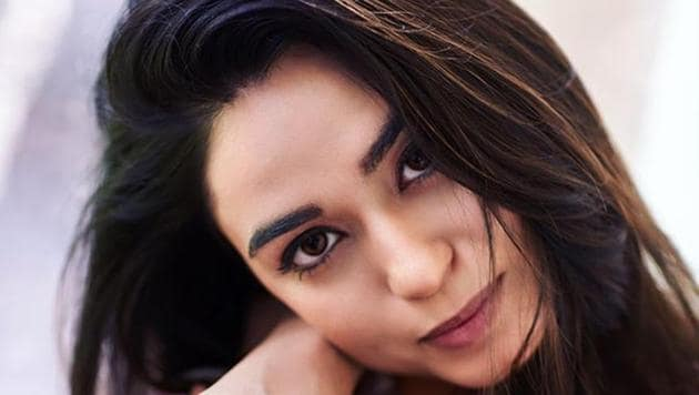 Actor Soundarya Sharma wants to meet her parents as soon as she is able to get a confirmed flight ticket back to India from Los Angeles.(Instagram)