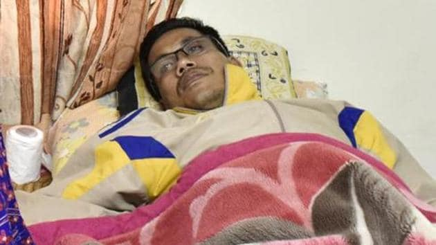 Asian Games Gold Medalist in boxing and Padma Shri Awardee, Dingko Singh struggles with cancer.(Saumya Khandelwal/HT PHOTO)