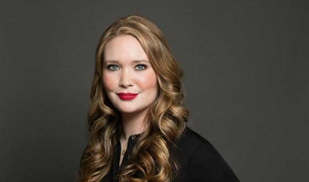 The 35-year old daughter of father (?) and mother(?) Sarah J. Maas in 2021 photo. Sarah J. Maas earned a  million dollar salary - leaving the net worth at  million in 2021
