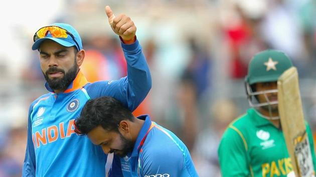 Indian captain Virat Kohli celebrates the fall of a Pakistan wicket during the 2017 ICC Champions Trophy.(Getty Images)