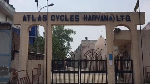 Atlas Cycles (Haryana) Ltd had shut down its operations on Wednesday, which was also celebrated as World Bicycle Day, citing deep monetary crisis.(HT Photo)