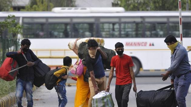Hearing screams of passengers, villagers rushed to the scene and pulled them out.(HT file photo/ Sunil Ghosh)