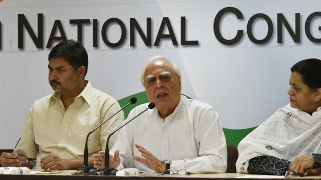 Congress senior leader Kapil Sibal at AICC headquarters in New Delhi.(Raj K Raj/HT file photo)