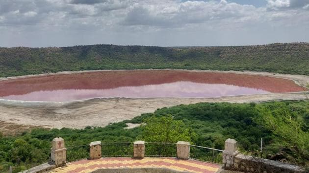 In the Lonar case, after local residents shared photographs with the Maharashtra forest department, the latter on Wednesday asked the National Environmental Engineering Research Institute (NEERI), Nagpur to assess why there has been a change in colour.(Maharashtra Forest Department)