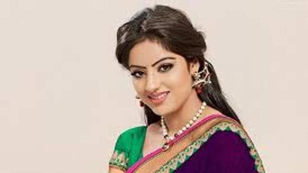 TV actor Deepika Singh has sought help from Delhi chief minister Arvind Kejriwal as her mother tested positive for coronavirus.