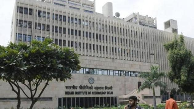 IIT Delhi has given non-exclusive open licence to Bengaluru-based biotechnology firm Genie Laboratories for commercialising the test, but with a price rider of Rs 500 per kit.(HT photo/ Sushil Kumar)