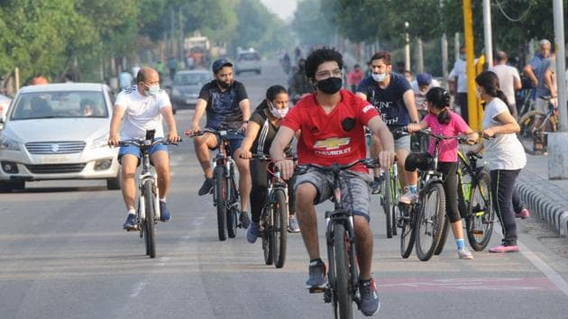 There's been a surge in cycling enthusiasts in the city after easing of Covid-19 lockdown restrictions.(Keshav Singh/HT)