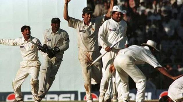 Pakistan players celebrate(Twitter)