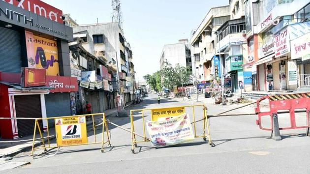 Pune re-draws micro-containment zone map; 73 areas locked down | Hindustan  Times