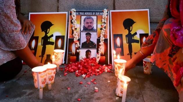 People light candles as they pay tribute to Indian soldiers who lost their lives in Galwan Valley clash, in Bengaluru on June 17, 2020.(ANI Photo)