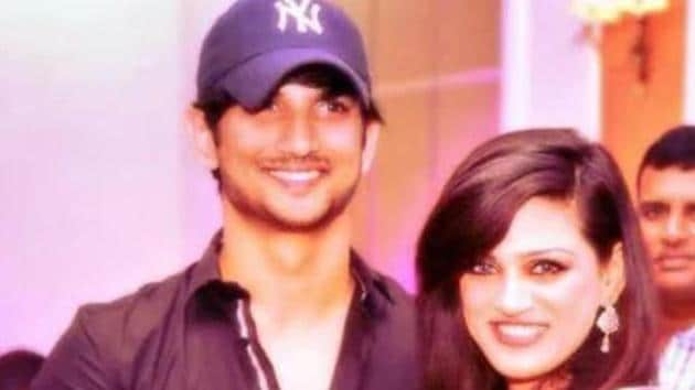 Sushant Singh Rajput poses with his sister Shweta.