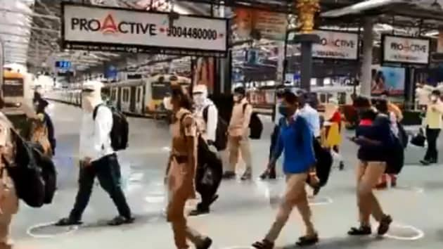 The image shows the passengers walking out of the station.(Twitter/@Central_Railway)