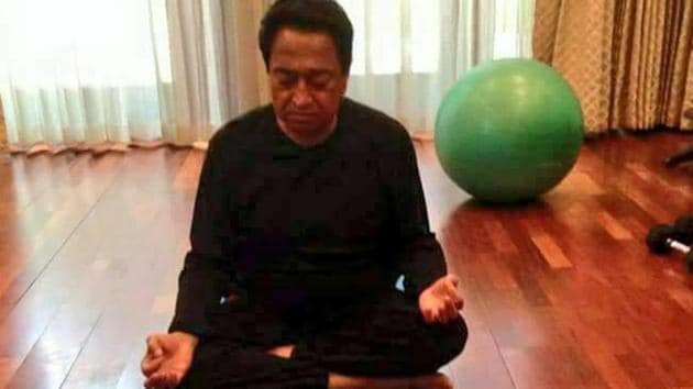 Photo of Kamal Nath practising Yoga gave BJP an opportunity to attack the former MP chief minister.(Courtesy: Twitter/@OfficeOfKNath)