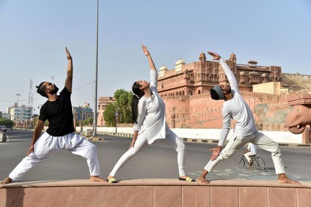 Rajasthan, June 20 (ANI): People practice Yoga on the eve of International Yoga Day in Bikaner on Saturday. (ANI Photo)(ANI)