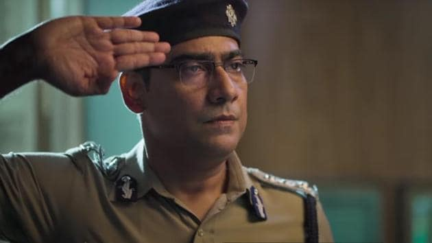 Lalbazaar review: Kaushik Sen plays the lead protagonist in the crime drama.