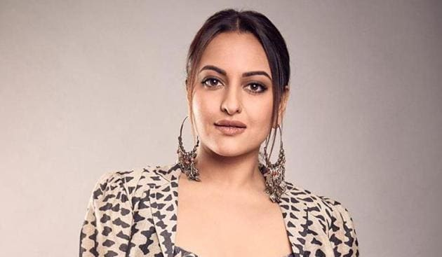 Sonakshi Sinha replies to trolls day after quitting Twitter: 'I have taken  away that access you had to me' | Entertainment News - Hindustan Times