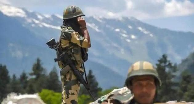 This is Naravane's second visit to Leh, the headquarters of 14 Corps, since border tensions with China erupted last month. He earlier visited the area on May 22.(PTI photo)