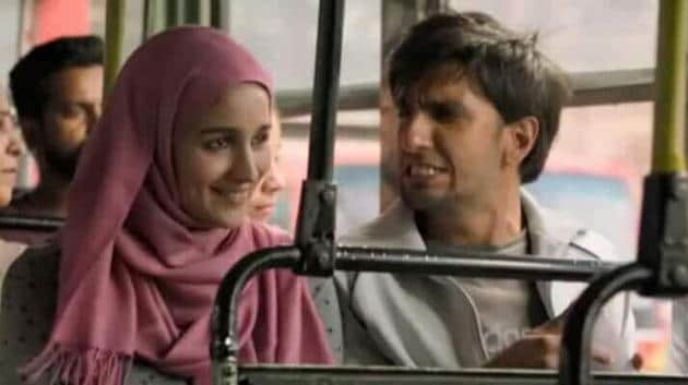 Not a stereotypical hijabi: Alia Bhatt and Ranveer Singh in a scene from Gully Boy.(Courtesy Gully Boy)