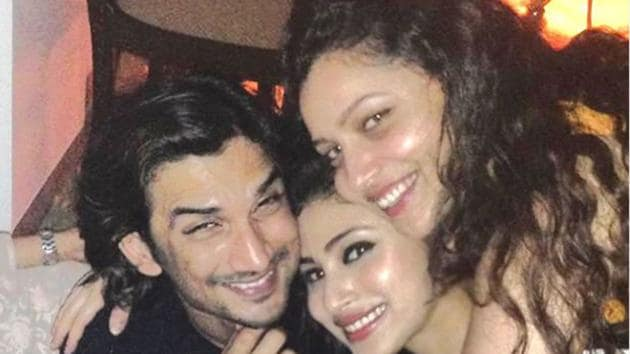 Sushant Singh Rajput, Ankita Lokhande and Mouni Roy are all smiles in a throwback picture.