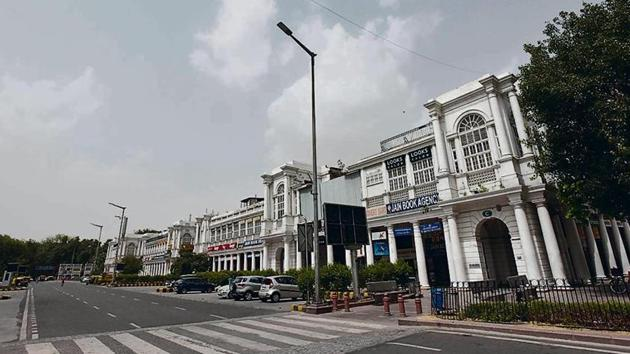 Many believe so many restro-bars going bust is bad news for Connaught Place, which has undergone a great revival in the past few years.(Sanjeev Verma/HT PHOTO)