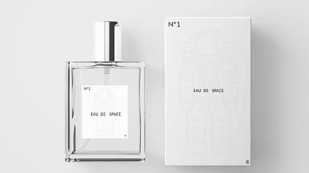 The image shows the bottle of perfume named Eau de Space.(Eau de Space)