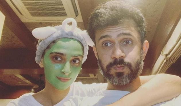 Sonam Kapoor shared a cute selfie with Anand Ahuja.