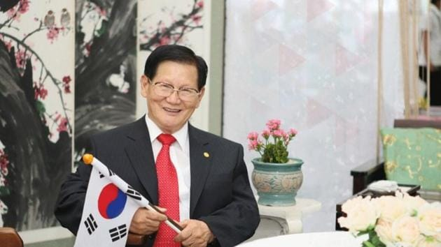 According to a statement released by the Korea Centers for Diseases Control and Prevention on the 23rd, Shincheonji Church in Daegu and Green Cross came to an agreement for the members' plasma donation after discussion.(Digpu)
