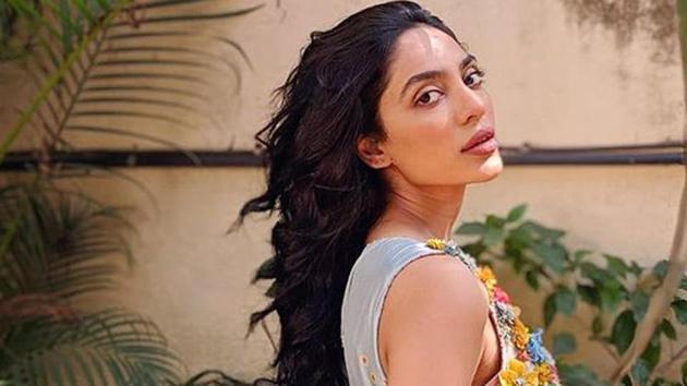 Actor Sobhita Dhulipala says she can't choose any one medium as better between films and OTT platforms, as the debate about releasing films on the latter rages on.