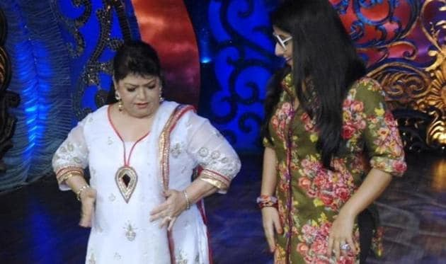 A still from the TV show where the master choreographer Saroj Khan taught how to ace dance moves.