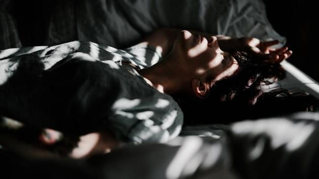 Asthma symptoms are known to be strongly linked to the body's internal clock, but this is the first study to look at how individual sleep preferences influence asthma risk in teenagers.(UNSPLASH)