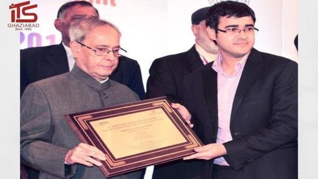 I.T.S Mohan Nagar, Ghaziabad has been conferred with Most Preferred UG & PG Institute Award, 2019 (ASSOCHAM) by His Excellency Ex. President of India, Honorable Dr Pranab Mukharjee.(Digpu)