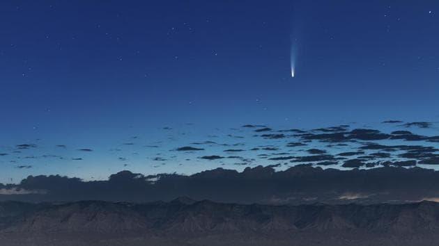Comet NEOWISE streaks past Earth, pics wow netizens - Hindustan Times