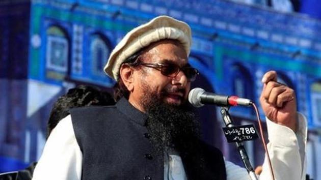 Jamaat-ud-Dawa chief Hafiz Saeed speaks to supporters during a gathering in Rawalpindi, Pakistan.(Reuters File Photo)