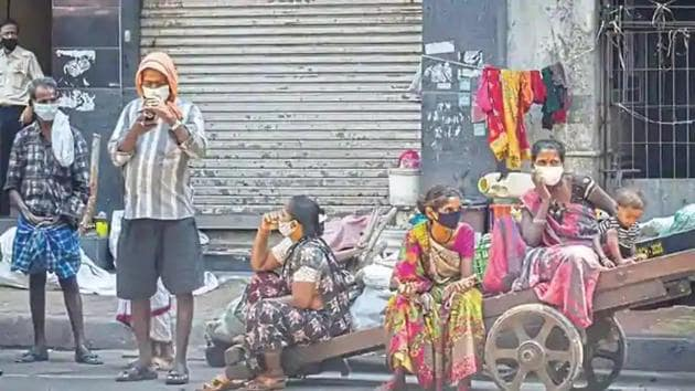 The report also soberly finds that on average, poverty levels will be set back three to 10 years due to Covid-19.(Mint File Photo)