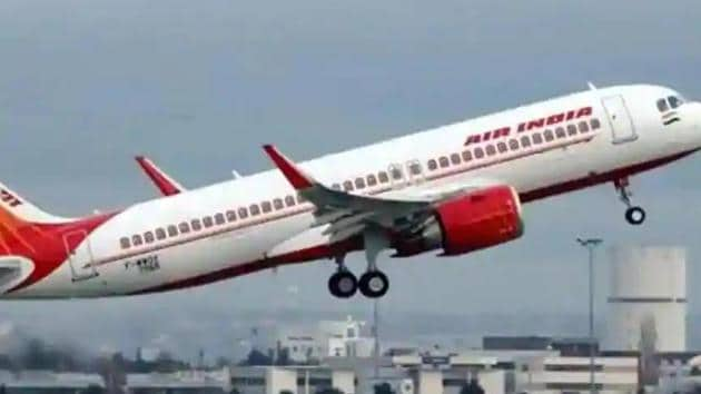 Defending the arrangement, Air India had said it will give the employees freedom to engage themselves with another employer for the said period, the airline too will be able to save its cash flow on the other hand. (HT Photo)