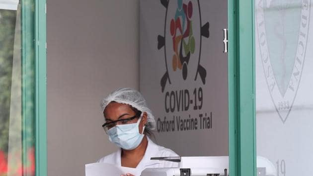A employee is seen at the Reference Center for Special Immunobiologicals (CRIE) of the Federal University of Sao Paulo (Unifesp) where the trials of the Oxford/AstraZeneca coronavirus vaccine are conducted, in Sao Paulo, Brazil.(REUTERS)