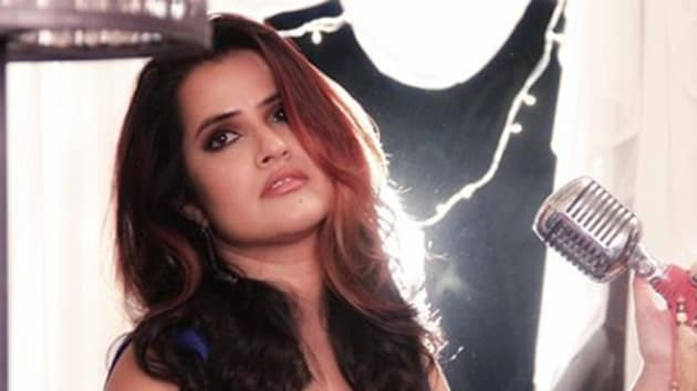 Sona Mohapatra said that nepotism must come to an end.