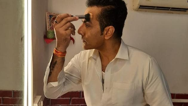 Actor Sudhanshu Pandey has been doing his own makeup for his TV show Anupamaa.
