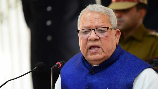 Congress legislators backing Rajasthan chief minister Ashok Gehlot staged a five-hour sit-in on Friday asking governor Kalraj Mishra (in photo) to call a special assembly session for a floor test.(HT file photo)