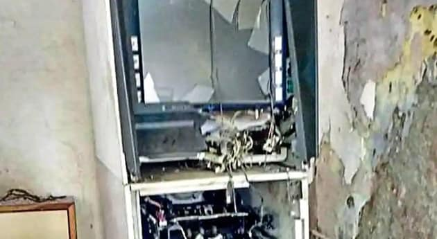 Police said the gang was looting ATMs by blowing them up using gelatin sticks since June last year.(HT File / Photo used for representational purpose only)