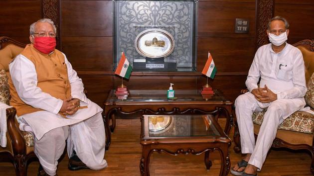 Rajasthan Chief Minister Ashok Gehlot with State Governor Kalraj Mishra(PTI File)