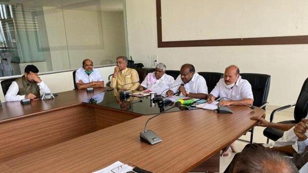 The JDS leader ridiculed the national party's 'save democracy' campaign being run by it currently in light of developments in Rajasthan. (Photo @hd_kumaraswamy)