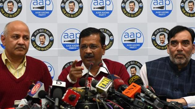 Delhi Chief Minister and Aam Admi Party (AAP) National Convener Arvind Kejriwal addresses the media in Delhi.(Mohd Zakir/HT file photo)
