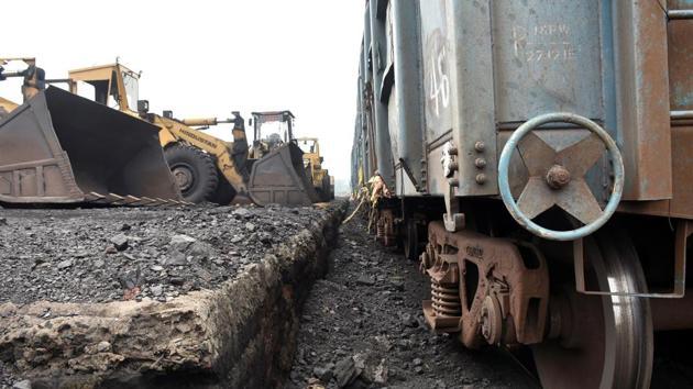 Jharia mining area in Jharkhand's Dhanbad.(ANI File Photo/Representative Image)
