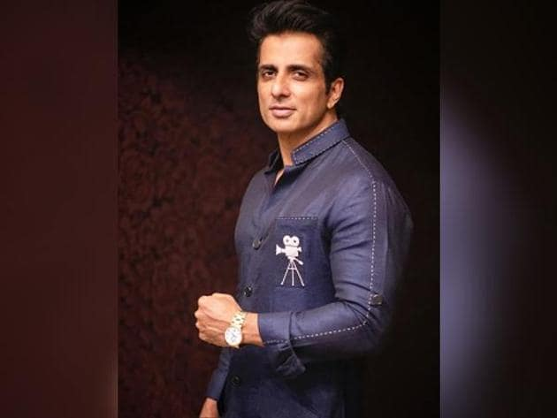 Sonu Sood has been garnering appreciation from all over for his humanitarian work during the pandemic.