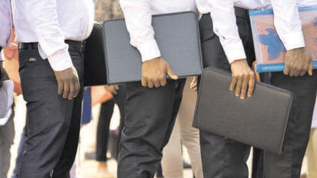 Industrially advanced states such as Gujarat, Maharashtra and Tamil Nadu clocked unemployment rates of 1.9 per cent, 4.4 per cent and 8.1 per cent respectively in July.(Sanchit Khanna/HT PHOTO (Representative Image))