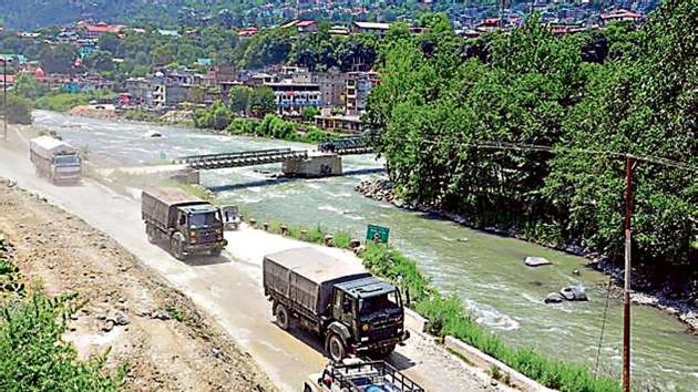 Army vehicles on the Manali-Leh road, towards Ladakh.(ANI)