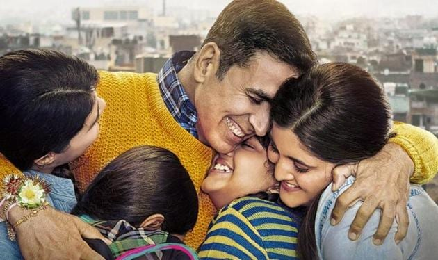 Akshay Kumar in the poster of Raksha Bandhan.