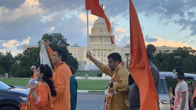 People of Indian community celebrate Ayodhya's 'bhoomi pujan' in Washington, US.(ANI)