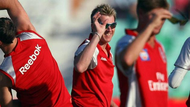 Brett Lee played three seasons for Kings Xi Punjab and picked up 13 wickets.(Getty Images)